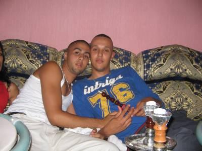 jeune qui se masturbe salope au maroc